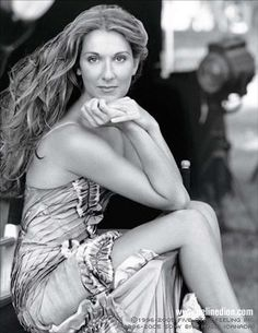 celine dion taking chances world tour the concert Peter Lindbergh, Celine Dion Music, Most Beautiful, Beautiful Women, Aretha Franklin, Forever Love, Female Singers, Persona, Marie