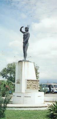 Estatua Indio Maracaya, Terminal del Lago de Valencia