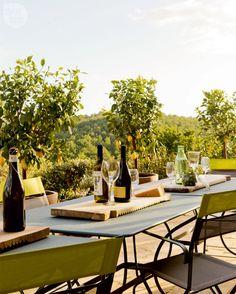 Stylish Tuscan terrace {PHOTO: George Ross}