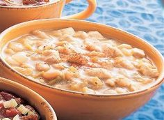 WW White Chicken Chili 2-This is an easy and quick Weight Watchers 4 PointsPlus+ recipe.