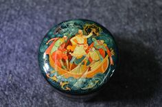 1980 Round Russian Lacquer Box by thediffchicocom on Etsy, $85.00