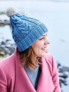 Helppo palmikkopipo – katso ohje! | Meillä kotona Crochet Accessories, Headbands, Knitted Hats, Knit Crochet, Winter Hats, Knitting, Pattern, Beanies, Yarns