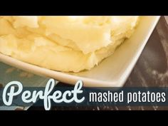 Looking for the perfect mashed potatoes recipe? These mashed potatoes are light and fluffy and buttery, and the perfect side dish for turkey and gravy or roasted beef or pork. Crockpot Mashed Potatoes, Perfect Mashed Potatoes, Mashed Potato Recipes, Cheesy Potatoes, Baked Potatoes, Side Salad Recipes, Vegetable Recipes, Thanksgiving Recipes, Holiday Recipes