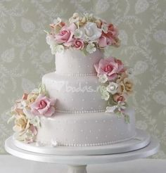 Haute Couture Wedding Cakes   ... it with the cake maker, you will be able to find a good solution