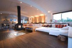 Husbåt deluxe / Houseboat deluxe   Airbnb Mobiel