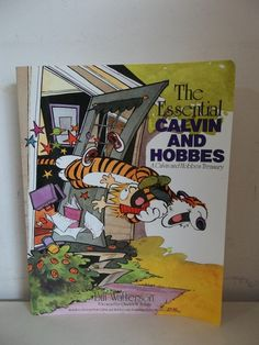 THE ESSENTIAL CALVIN & HOBBES BILL WATTERSON PAPERBACK COMIC BOOK 1988 2ND EDIT