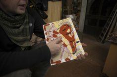 Il nome del progetto è Love Project e i protagonisti sono Fabrizio Da Prato e Keane due pittori amici che da oltre vent'anni si ispirano, si influenzano e, uno dirimpetto all'altro, creano sempre dimensioni artistiche opposte, non cercate scientemente, ma che si manifestano in modo del tutto spontaneo.Anche nel caso di Love Project:Da Prato da un anno a questa parte si dedica alla rappresentazione pittorica del cuore, l'icona più rappresentata e conosciuta al mondo, mentre Keane, specchio…
