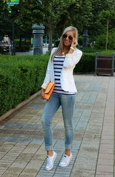 40 Cute Outfits With Converse. Striped top, white blazer, denim jeans.: