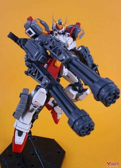 MG 1/100 Gundam Heavyarms - Customized Build     Modeled by  扭曲机器