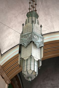 /// Art Deco Lamp