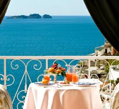 We're dreaming of heaven on earth: Le Sirenuse in Positano #Italy