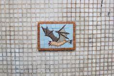Streetart Tiermosaik Fledermaus #streetart #London #shoreditch #street #art #mosaic #animal #bat