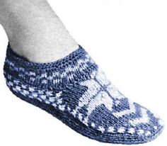 Norwegian Slippers Vintage Graph Knitting Pattern for download Sizes S M L