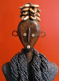 Silver Gray Beaded Doll African Theme, African Masks, Crafts For Kids, Arts And Crafts, African Dolls, African Crafts, African Beads, Silver Jewelry, Silver Ring
