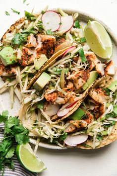Smoky Paprika Fish Tacos with an Apple Slaw - recipes for dinner easy Healthy Recipes For Weight Loss, Healthy Eating Recipes, Clean Eating Snacks, Cooking Recipes, Cooking Fish, Cooking Steak, Healthy Dinners, Healthy Food, Fish Recipes