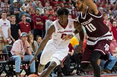 Live: Arkansas vs. No. 21 Texas A&M