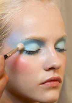 Pastel make-up #CartonMagazine
