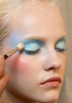 VIKTOR & ROLF SS 2010 | makeup inspiration.
