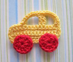 Listado es ganchillo para cuatro apliques de coche. Usted puede utilizar para decorar bebé niño manta, sombrero, álbum foto o marco de fotos,