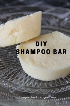 Toffe DIY: je eigen shampoo bar Make your own shampoo bar! Diy Shampoo, Homemade Shampoo, Shampoo Bar, Avon Products, Lush Products, Bath Body Works, Perfectly Posh, Etude House, Cool Diy