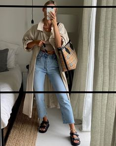 Jeans Outfit Winter, Casual Winter Outfits, Winter Fashion Outfits, Simple Outfits, Spring Outfits, Casual Jean Outfits, Winter Layering Outfits, Autumn Winter Fashion, Retro Outfits