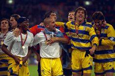 Parma's Cannavaro, Buffon, Crespo, Juan Veron and Asprilla celebrate after winning the UEFA Cup.