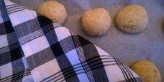 Vappu Pimiän aamulla leivottavat sämpylät Potatoes, Bread, Baking, Vegetables, Food, Potato, Brot, Bakken, Essen