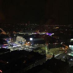 Katowice by night  widok z naszego apartamentu na 27 pietrze  #katowice #bynight #city #qubus #qubushotel #poland