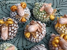 Galeria Artystyczna Anny- Przystanek Aniołowo... Salt Dough Crafts, Salt Dough Ornaments, Biscuit, Pottery Classes, Happy Eid, Fimo Clay, Clay Creations, Clay Art, Diy And Crafts