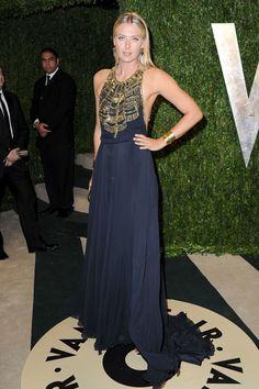 Maria Sharapova - Oscar 2013 http://juliapetit.com.br/moda/metalicas-3/