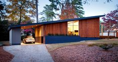 Pretty little mid-mod house in Raleigh via NYTimes.com (Photo by Ryann Ford)