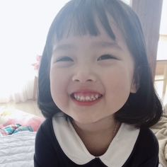Image may contain: 1 person Cute Asian Babies, Korean Babies, Asian Kids, Cute Babies, Cute Little Girls, Cute Kids, Cute Baby Girl Pictures, Ulzzang Kids, Baby Memes