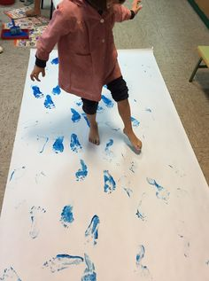 Pintando sonrisas de colores: Sol naciente de Claude Monet. Claude Monet, Montessori, Kids Rugs, Home Decor, Rising Sun, Colors, Art, Decoration Home, Kid Friendly Rugs