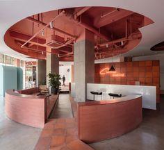 restaurant arquitectura Gallery of Cactus Fashion Store / Boundary Space Design - 1 Interior Design Minimalist, Office Interior Design, Interior Decorating, Interior Shop, Modern Interior, Design Entrée, Lobby Design, Design Shop, Design Hotel