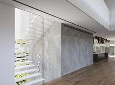 Gallery of J House / Pitsou Kedem Architects - 2