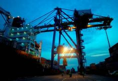Port development Cartagena Colombia, international investment. http://yook3.com, http://latinindustry.biz, Wilfried Ellmer, key player network.