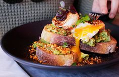 The inner city suburbs of Perth usually have their moment in the spotlight before being trumped by the next best thing (Mount Lawley, ahem). Not when it comes to Vic Park though! Twisted Recipes, Best Breakfast, What Is Like, Places To Eat, Perth, Salmon Burgers, Avocado Toast, Victoria, Good Things