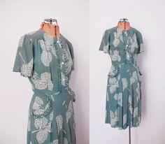 1930s Dress / 30s Print Rayon Dress