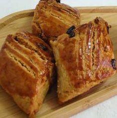 Üzümlü Cevizli Pastane Kurabiyesi Tarifi - Resimli Kolay Yemek Tarifleri