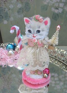 Pink Christmas Kitty