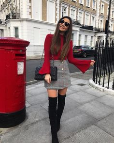 winter outfits fancy Gorgeous Fancy Outfits Ideas Just Before Summer Winter Fashion Outfits, Look Fashion, Autumn Fashion, Womens Fashion, Winter Outfits With Skirts, Outfits With Tights, Dressy Winter Outfits, Feminine Fashion, Holiday Outfits Women