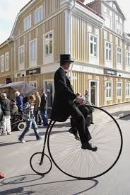 the enigmatic penny-farthing bike Like A Sir, Antique Bicycles, Penny Farthing, Hobby Horse, Old Bikes, Bike Style, Classic Bikes, Great British, Vintage Bicycles