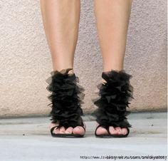 10 Transformaciones de zapatos DIY Fabulous ♡ Teresa Restegui http://www.pinterest.com/teretegui/ ♡