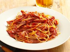 BBQ Spaghetti is a signature dish of Memphis. It's like spaghetti with Bolognese sauce, only the sauce is made of barbecue sauce and pulled pork.