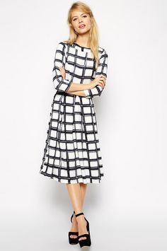 Easy Work Dresses For Rushed Mornings #refinery29  http://www.refinery29.com/easy-work-dresses#slide-17  When in doubt, go mod.