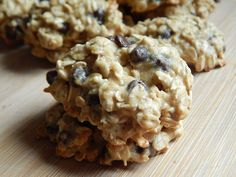 Mmmmm cookies!!  It has been dark and dreary all day today and were expecting some nasty rainfall later, it just seemed like the perfect day to bake some cookies. These oatmeal chocolate chip cookies are delicious, with a nice soft center and they go perfect with a glass of milk. 3 smart points per …