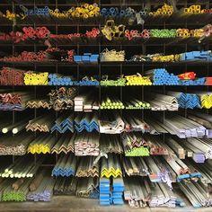 Bangkok - Textures and Forms Steel Storage Rack, Shop Storage, Metal Projects, Welding Projects, Garage Organization Tips, Showroom Interior Design, Welding Shop, Workshop, Store Layout