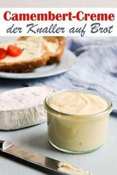 Für alle, die Camembert lieben und Camembert gerne mal als Streichcreme auf Brot haben möchten - auch super für viele Leute bei einem Brunch, weil man aus einem Stück Camembert mehr herausbekommt. Aus 3 einfachen Zutaten eine leckere Creme.