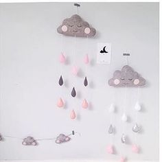For all kinds of cloud mobile and garland loveliness ☁️ check out the very talented @velveteen_babies xx