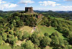 château de Murci en Auvergne http://www.panoimage.fr/Photo%20Pour%20Forum/Kap%20Auvergne/Murol-BorderMaker.jpg